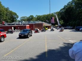 Motorcycle escort arrives at Mt Sinai FD.